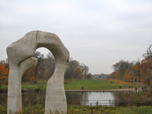 henry moore's the arch