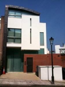 a modern house on 49 Denning Road