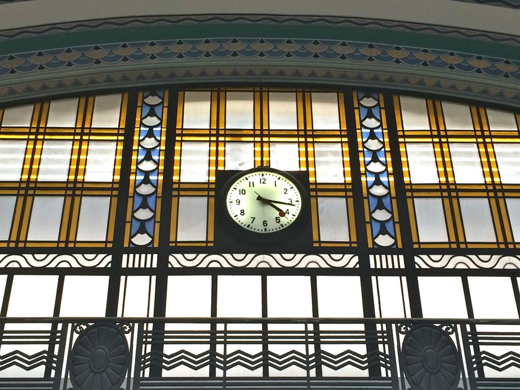 Cais do Sodre station