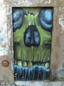 evora graffiti