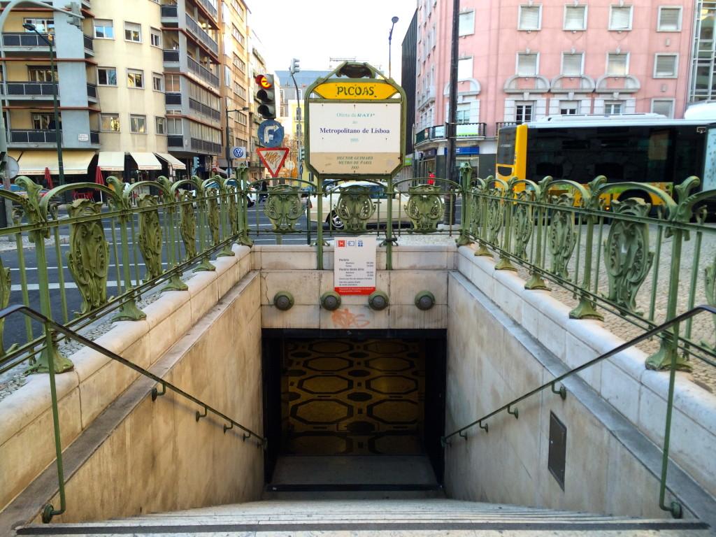 lisbon art nouveau picoas station