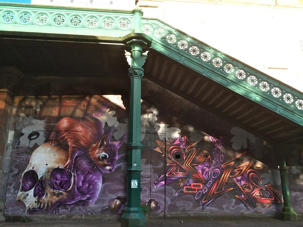 Kelvinbridge subway station street art