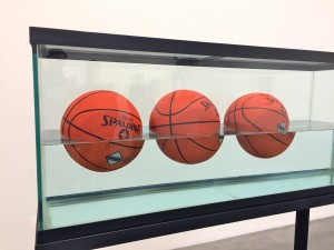 jeff koons 3 ball 50/50 tank