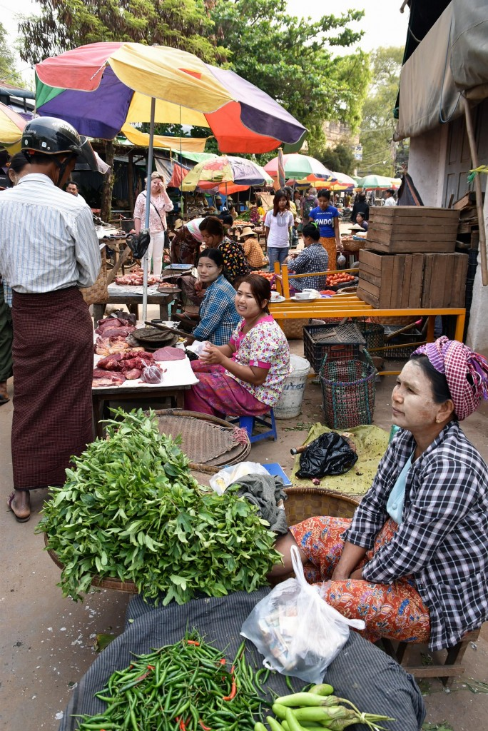 burmese food market