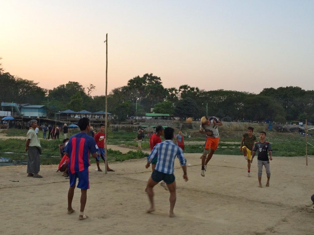 burmese footballers
