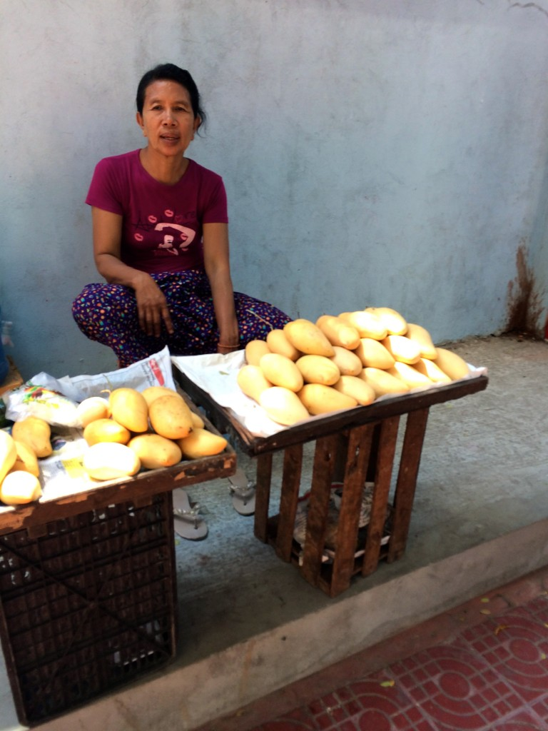 yangon street food vendor