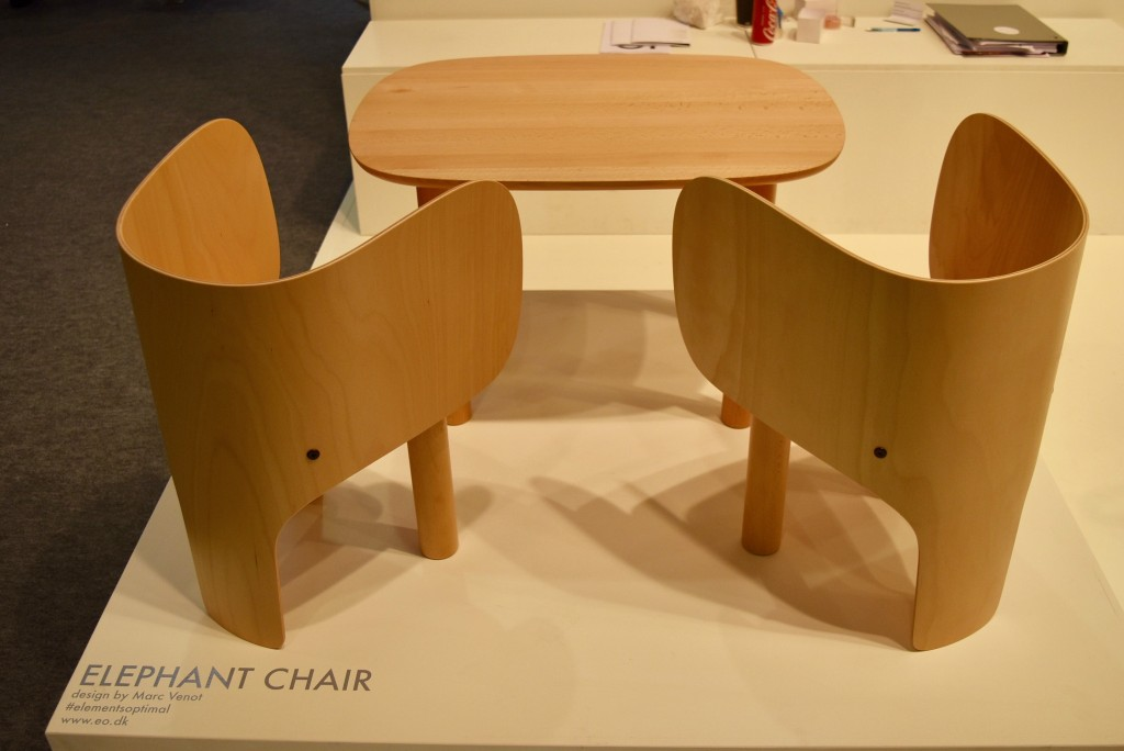 elephant table and chairs element optimal