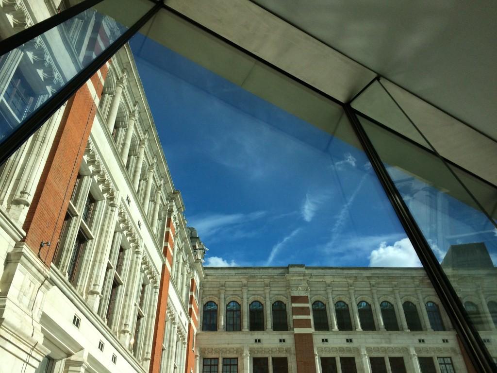V & A Sainsbury Gallery