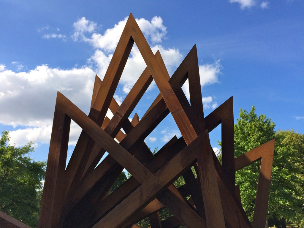 Bernar Venet, 17 Acute Unequal Angles (2016)