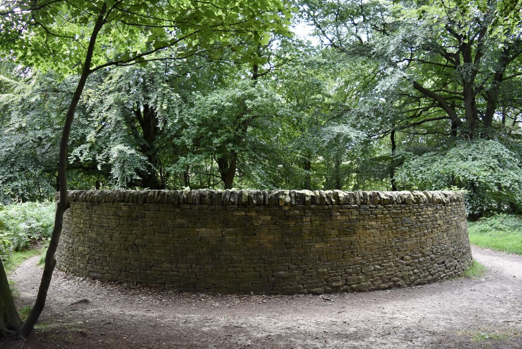 Andy Goldsworthy: Outclosure