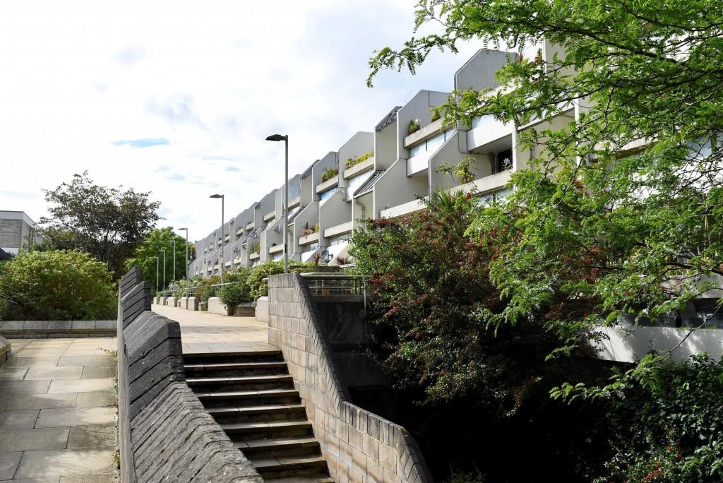 stoneleigh terrace