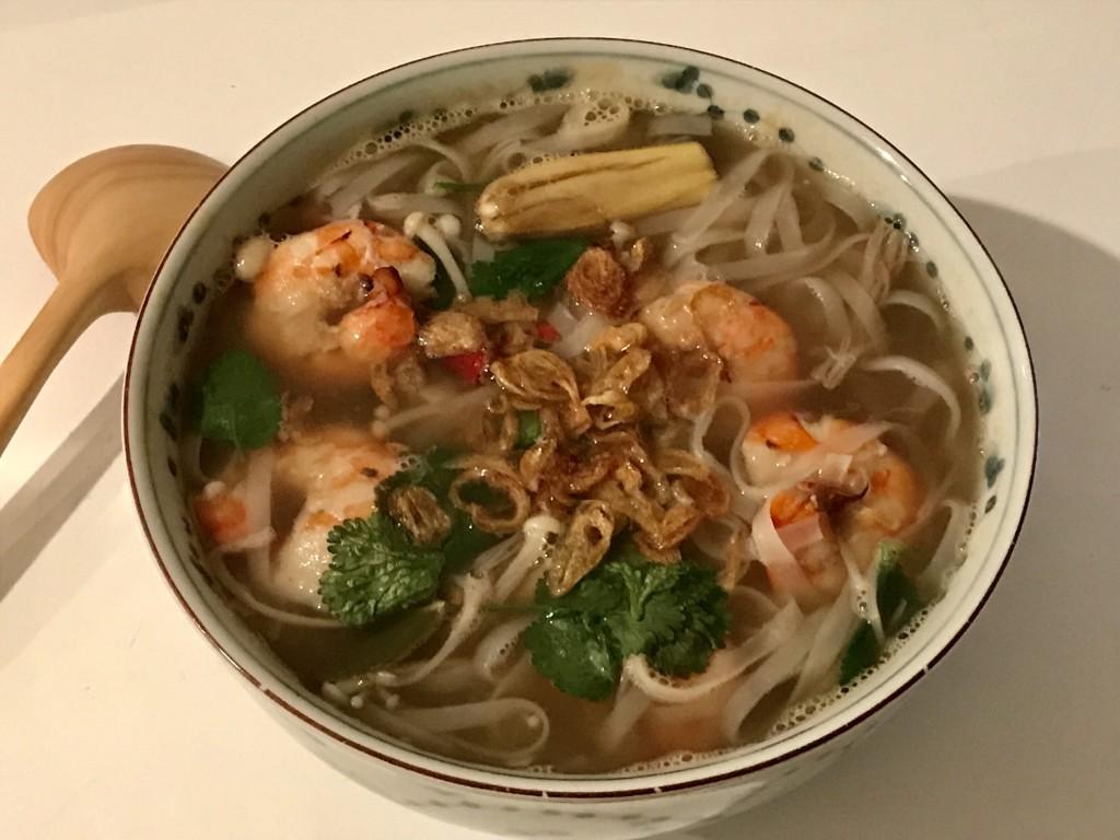 tom yum soup noodles