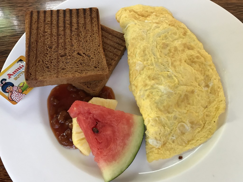Kashi Art Café breakfast