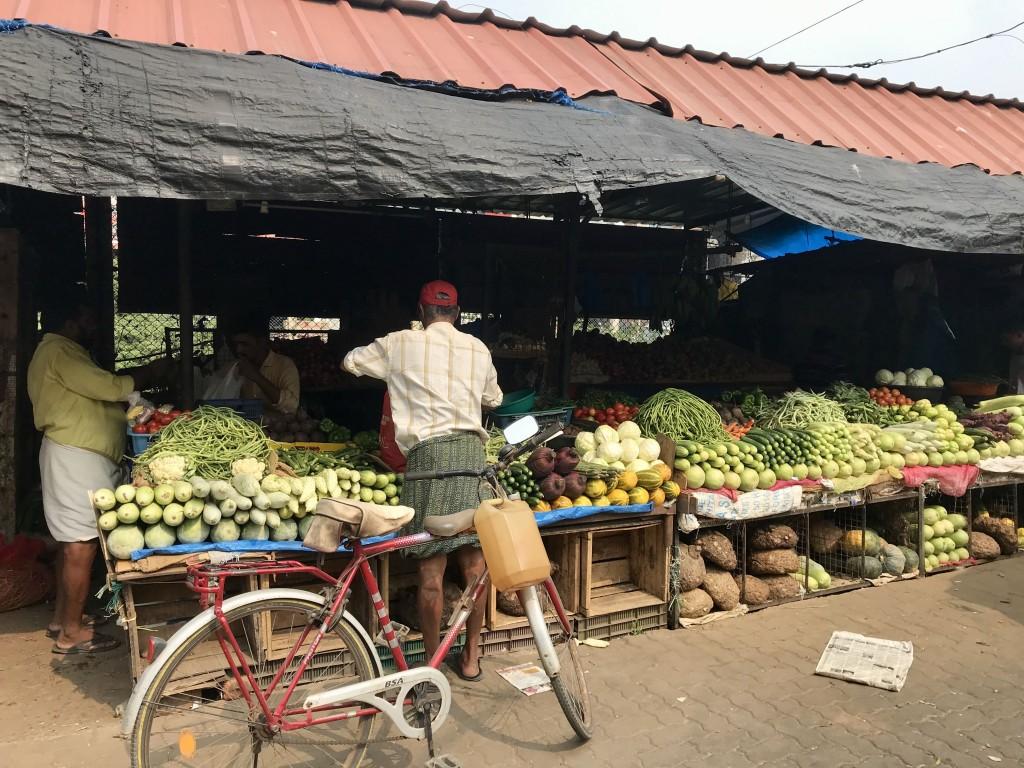 broadway market kochi